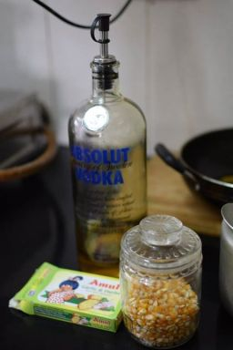 Garlic Butter Popcorn Recipe